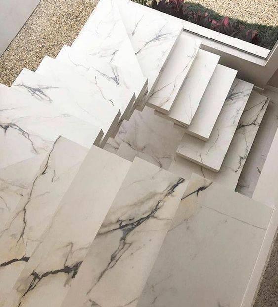 Escada de mármore - escada vista de cima