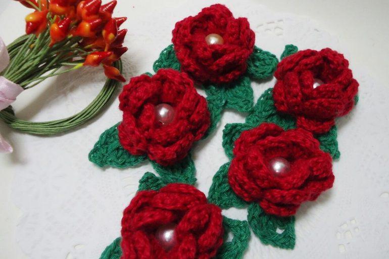 Flor de crochê bordo