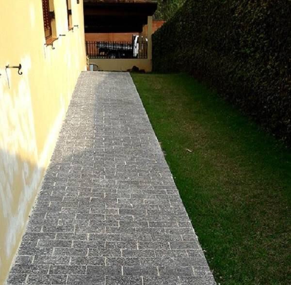 A miracema foi usada na lateral da casa