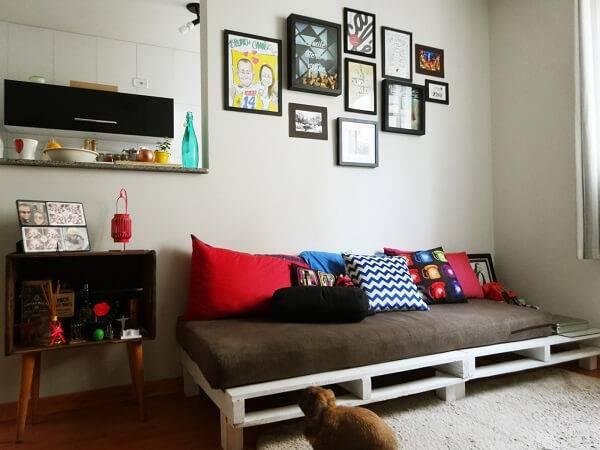 Sofá cama de pallet branco