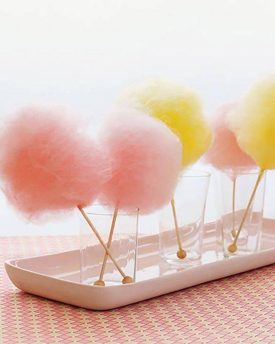 bodas de algodão - decoração com algodão doce colorido