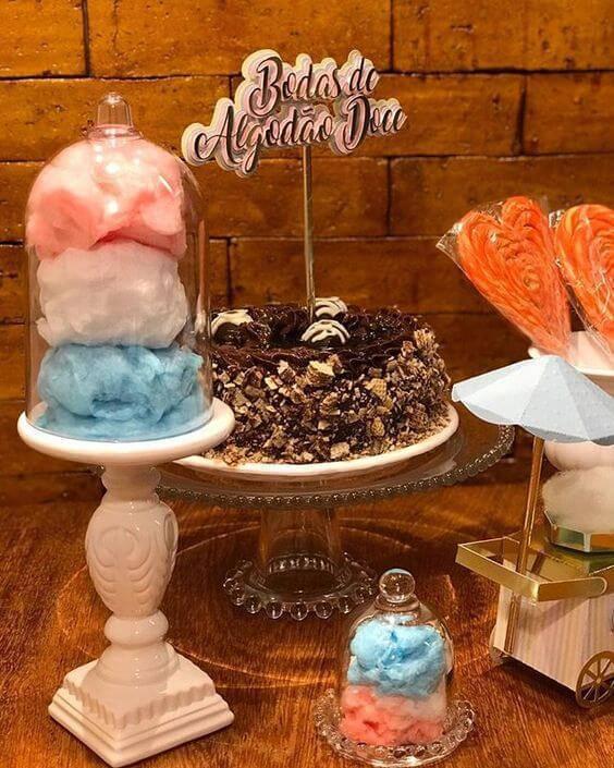 bodas de algodão - mesa com bolo e doces