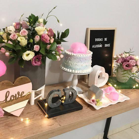 bodas de algodão - mesa com doces e bolo