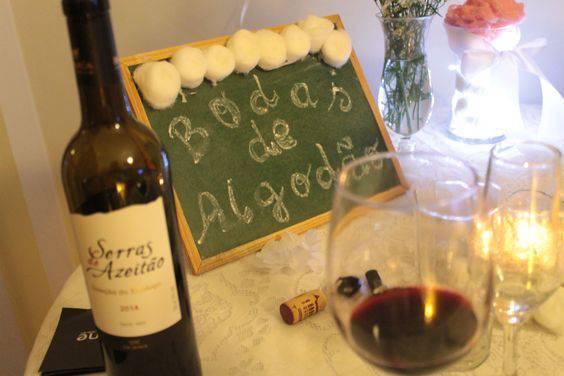 bodas de algodão - mesa de bebidas para bodas