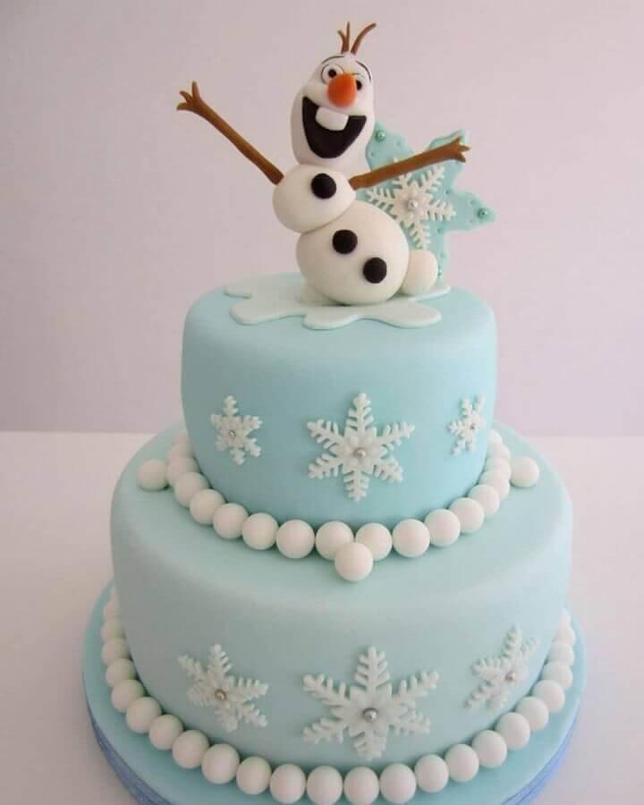 bolo da frozen decorado com pasta americana com olaf no topo Foto My Social Mate