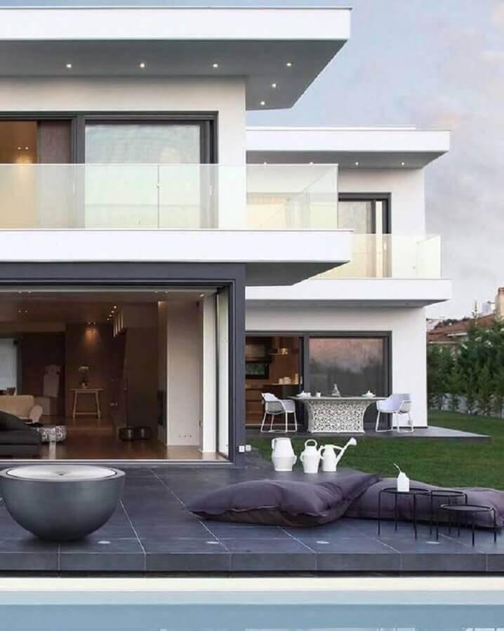 casa moderna com guarda corpo de vidro para sacada Foto Pinterest