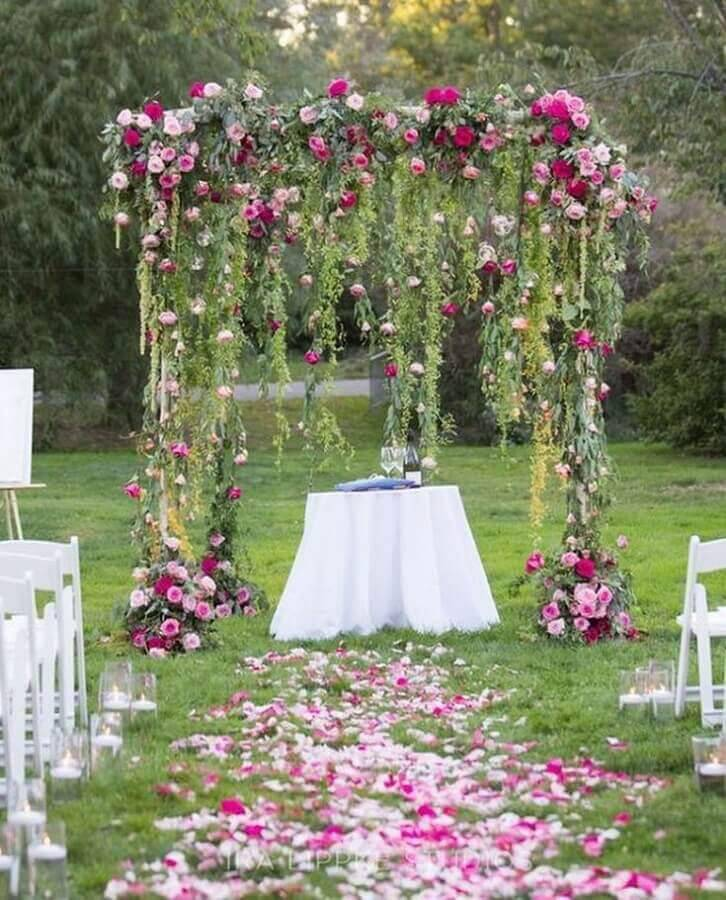 outdoor wedding ceremony Photo MODwedding