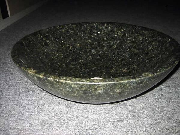 Cuba de granito verde ubatuba