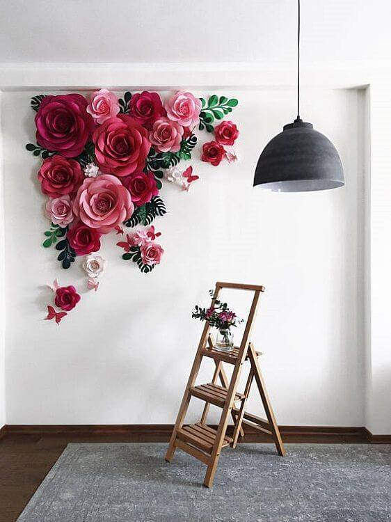 Giant flower decoration in the living room