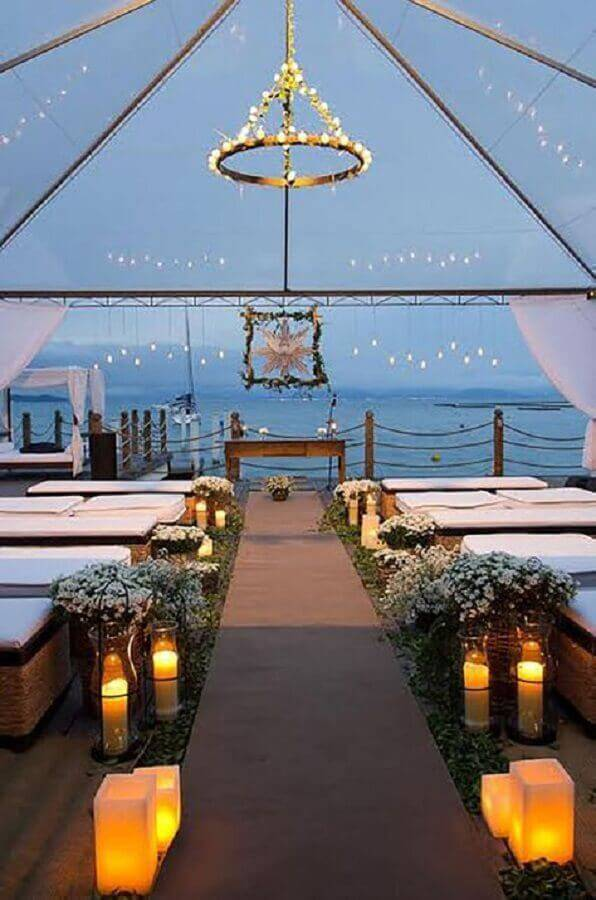 wedding ceremony decoration with candles Photo Le Jour