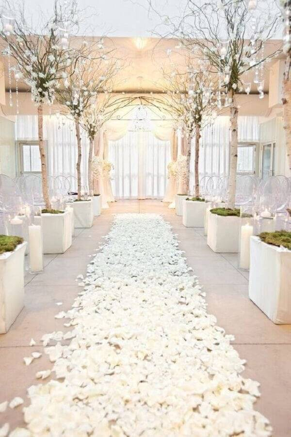 all white wedding ceremony decoration Photo Etsy