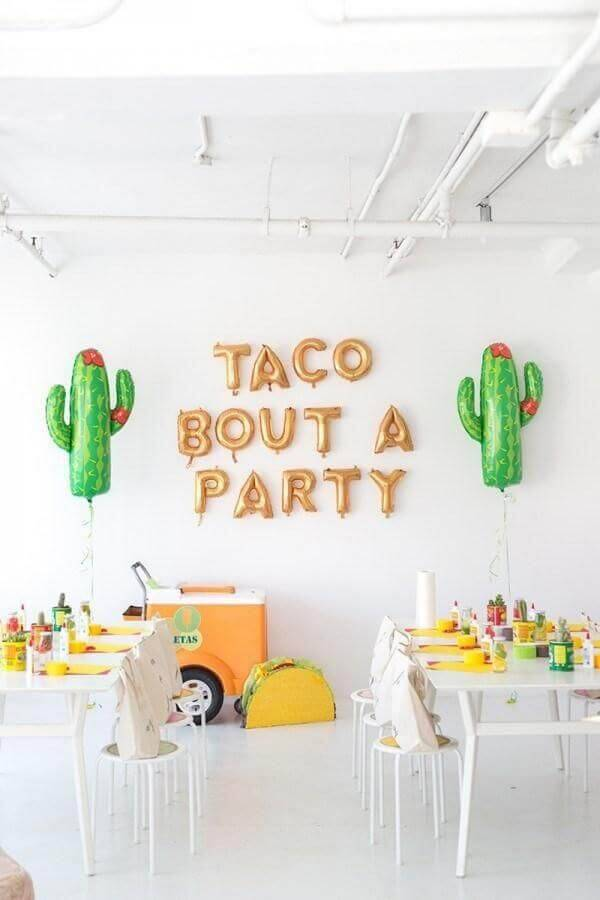 surprise party decoration with Mexico Photo Stephanie Kantis