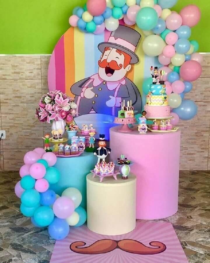 decoração para festa mundo bita rosa Foto Shay Ferradeira