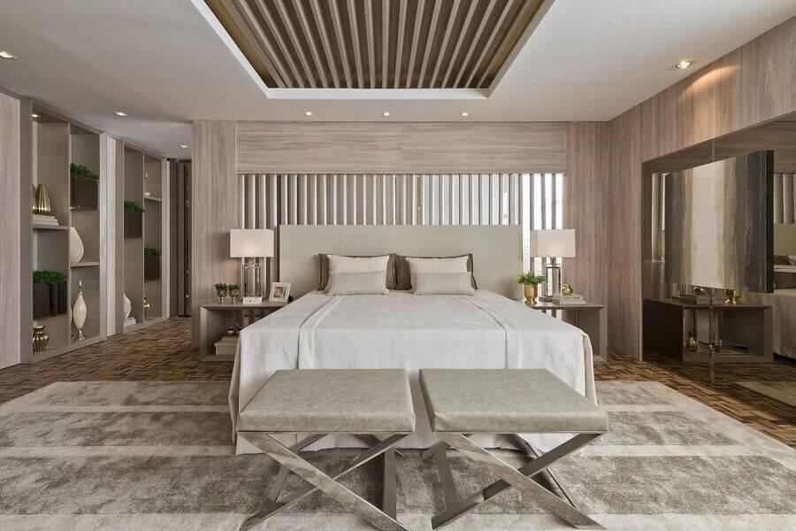 decoração para quarto de casal grande em cores neutras Foto Revista VD