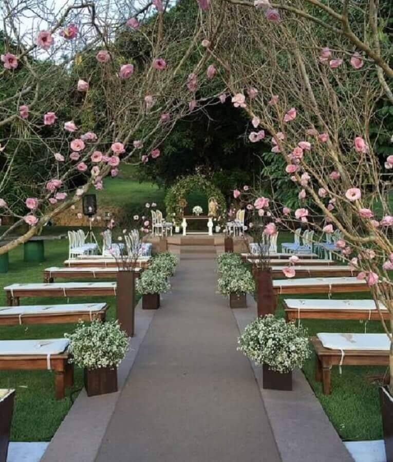 rustic decoration for outdoor wedding ceremony Foto Pinterest