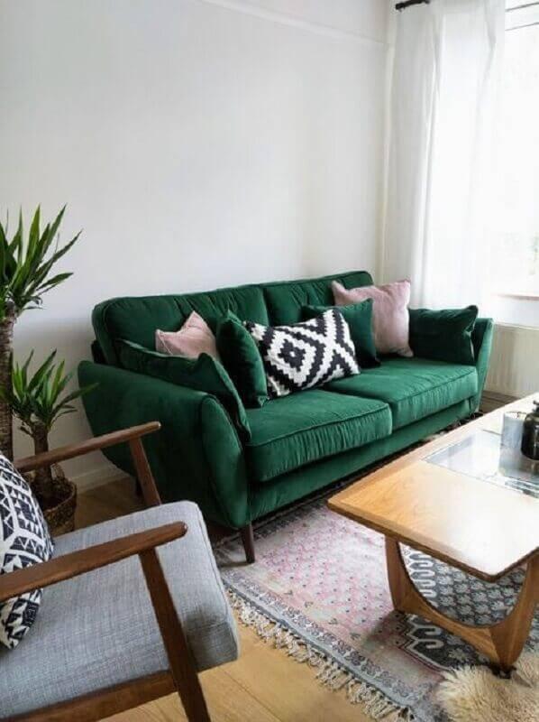 decoração simples para sala pequena com sofá verde Foto Pinterest