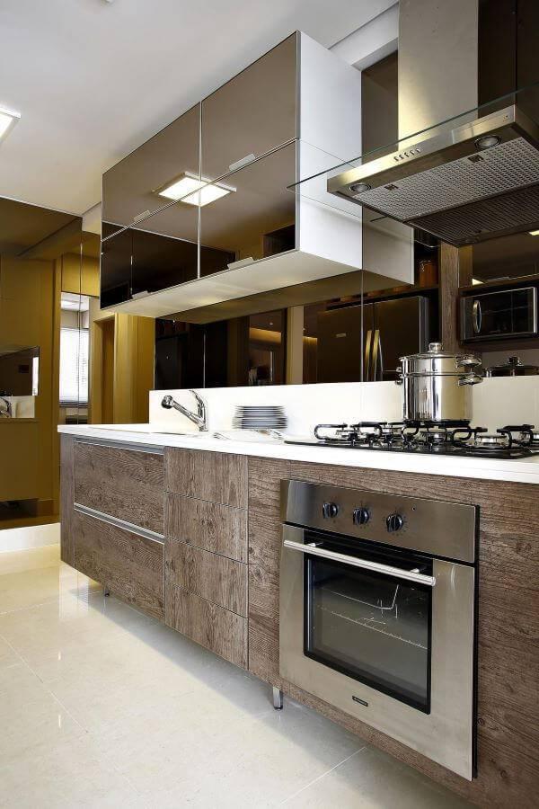 Decoração de cozinha de madeira planejada