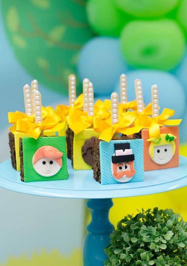 doces decorados para festa infantil mundo bita Foto Pinterest