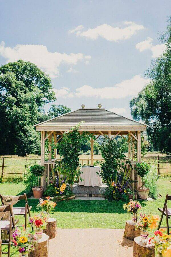 country flowers for wedding ceremony decoration Foto Pinterest