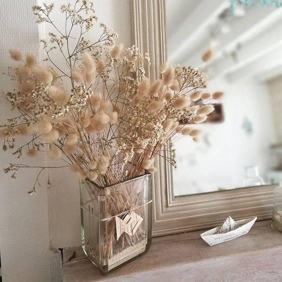 flores secas - espelho e vaso de flores secas