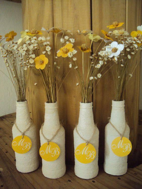 flores secas - garradas decoradas com flores secas