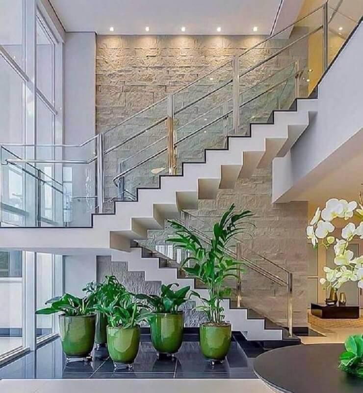 guarda corpo de vidro e alumínio para escada Foto Home Sable