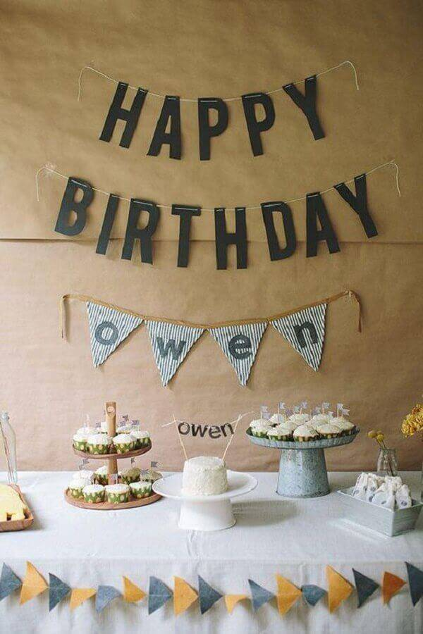 idea for simple and cheap surprise party decoration Photo Portal Everything Here