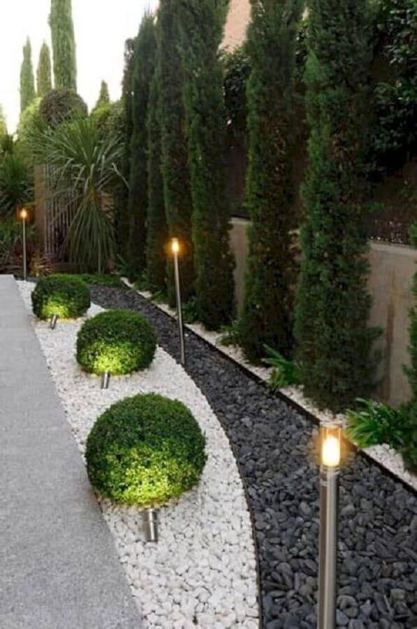 jardim residencial com pedras Foto Home Ideas