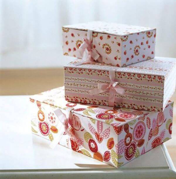 Lembrancinha de batizado feita de caixa de leite
