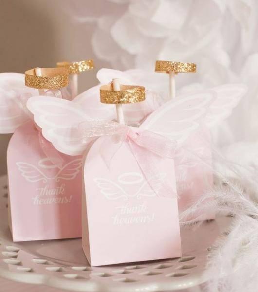 Lembrancinha de batizado simples com doces