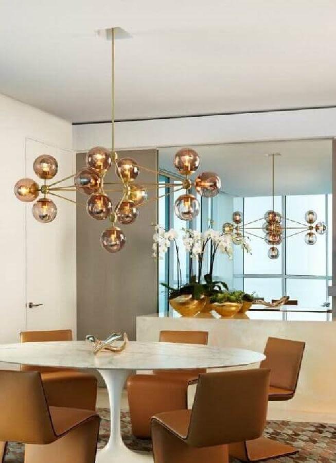 lustre moderno para sala de jantar com mesa redonda branca Foto Houzz