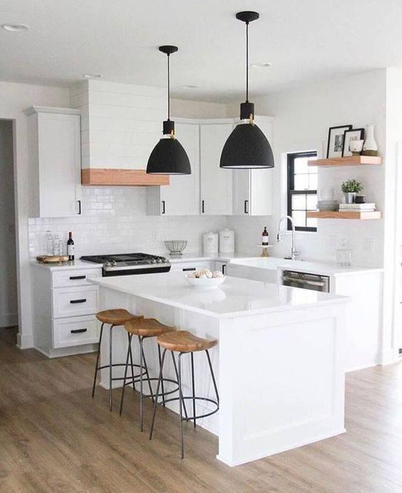Cozinha clean em tons de branco