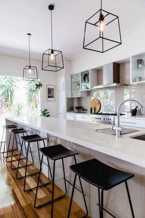 Lustre aramado para balcão de cozinha ampla