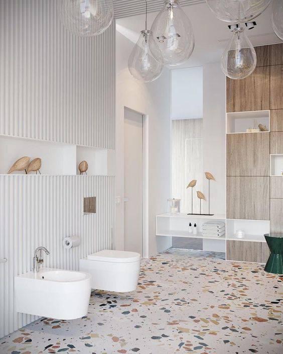 marmorite - banheiro grande com piso de marmorite