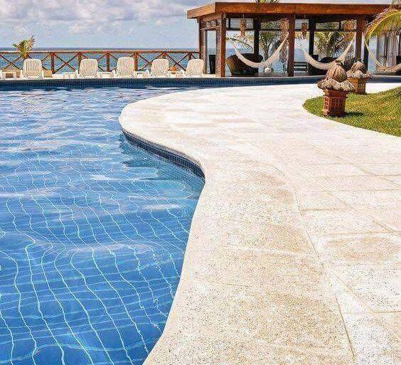 pedra para piscina - borda clara de piscina