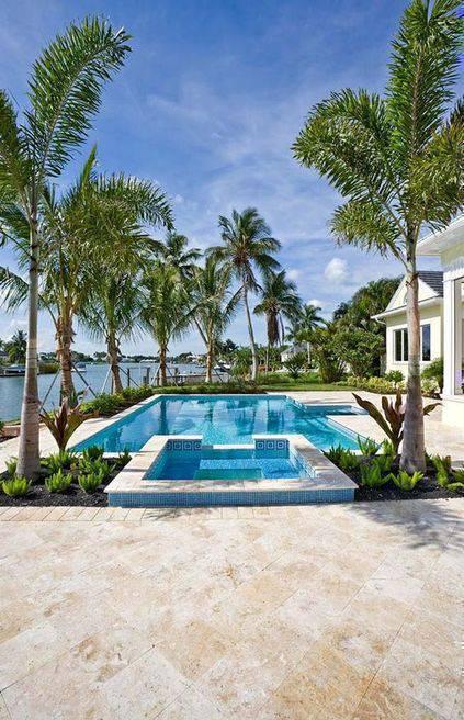 pedra para piscina - casa grande com piscina