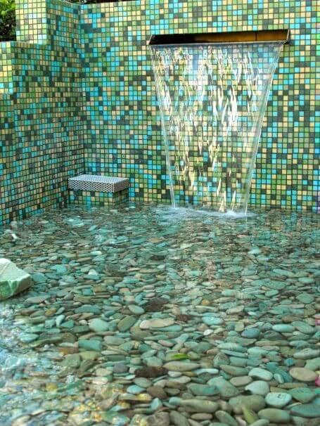 pedra para piscina - piscina com pedra como revestimento