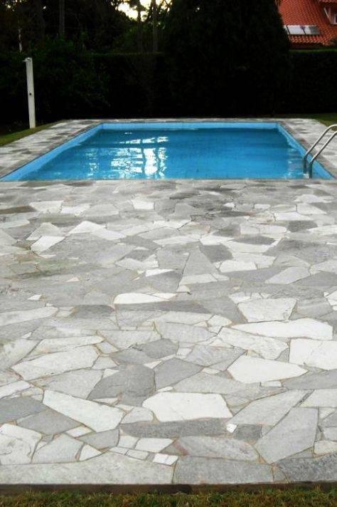 pedra para piscina - piscina com pedras