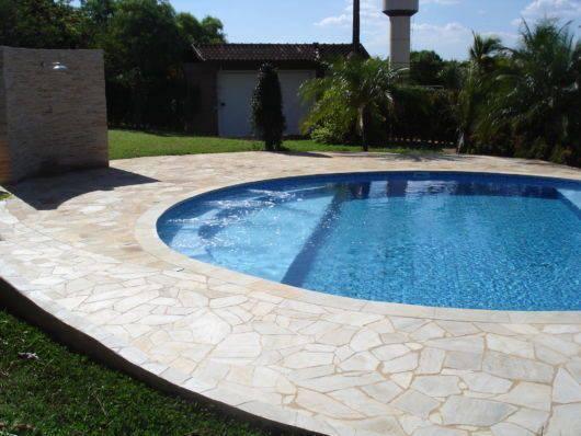 pedra para piscina - piscina redonda