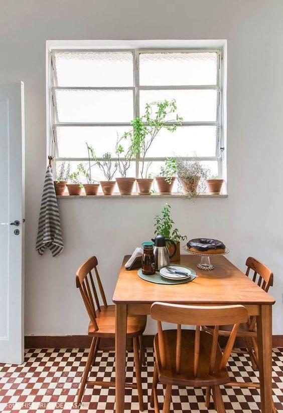 pisos antigos - piso vermelho e branco em cozinha