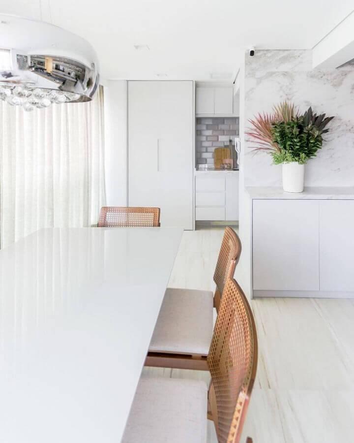 sala de jantar na cor branca Foto Rocha e Andrade Arquitetura
