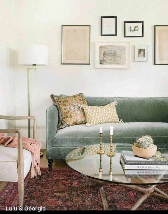 sofá verde claro para sala com estilo clássico Foto Pottery Barn
