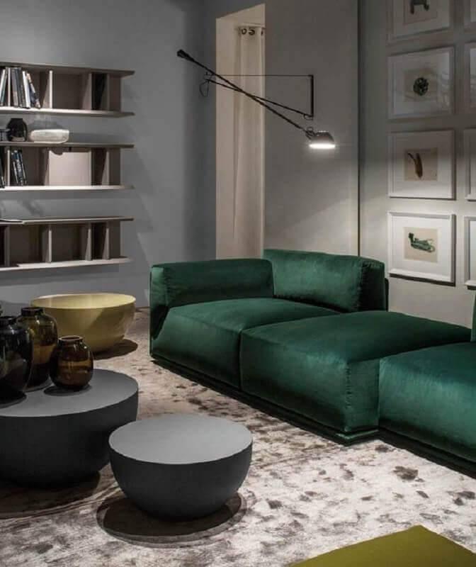 sofá verde escuro para sala moderna cinza Foto Architonic