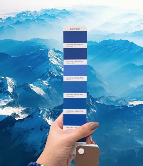 Tons de azul para usar a cor do ano