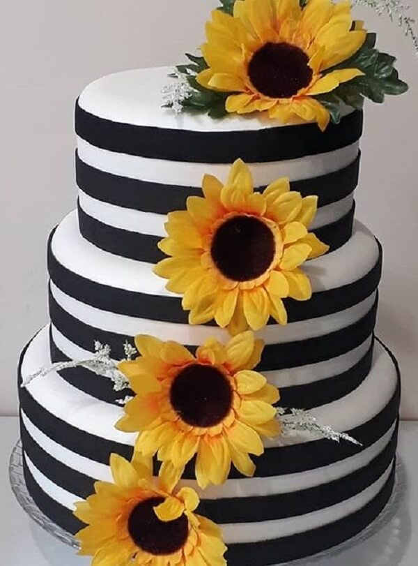 Multi storey fake cake for sunflower theme party