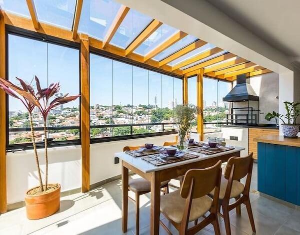 Cobertura de vidro para varanda integrada