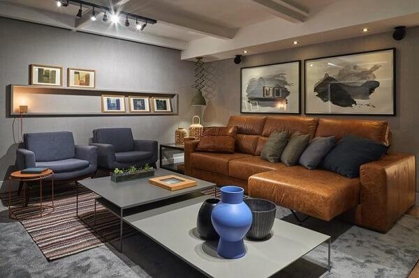 Modelo de sofá retrátil de couro para sala de estar