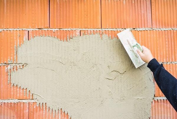 Como rebocar parede com argamassa