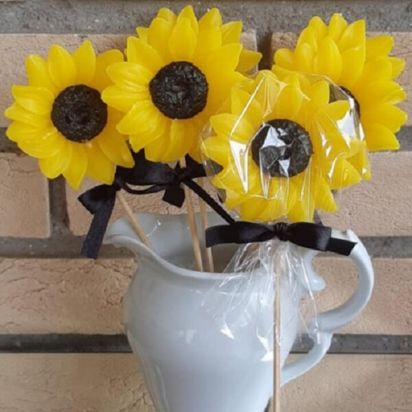Sabonete artesanal para festa tema girassol