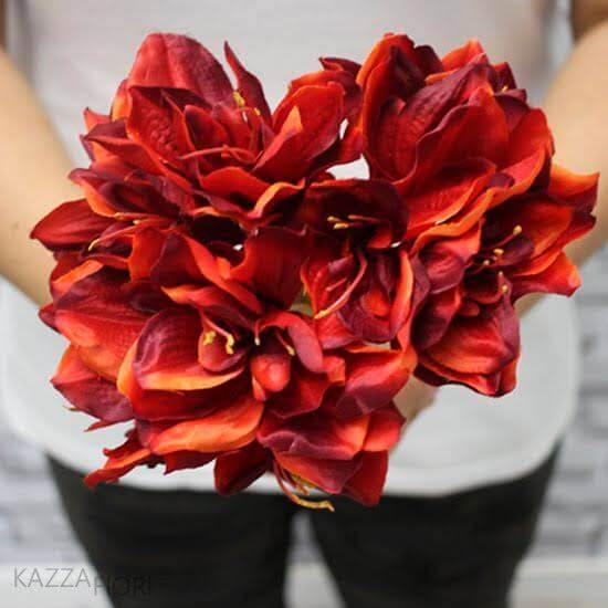 Flores vermelhas amarílis